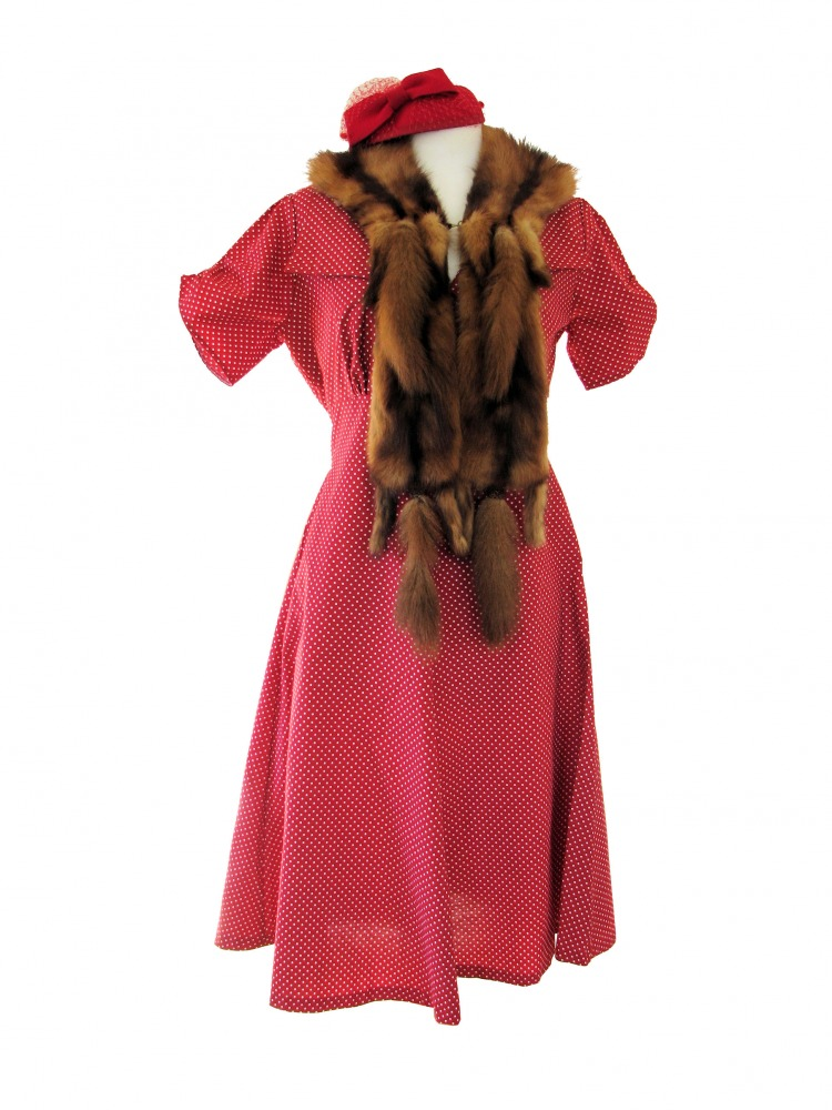 Ladies 1940's Style Tea Dress Wartime Goodwood Costume Size 14 - 16  Image