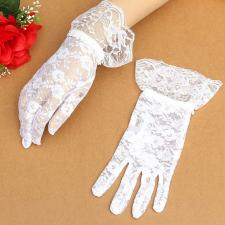 Ladies White Victorian Regency Lacy Gloves